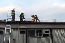 Požár vepřína v Miloticích.