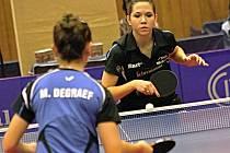 Rozhodující třetí bod zaznamenala Ivana Pelcmanová, která nedopustila překvapení a rovněž ve třech setech zdolala mladou Belgičanku Margo Degraefovou.