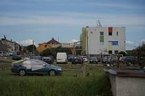 Odklízení škod napáchaných tornádem v Moravské Nové Vsi na Břeclavsku. 25. června 2021