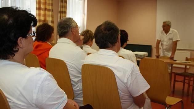 V kyjovské nemocnici se protestu zúčastnilo na čtyři desítky lékařů.