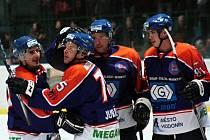 Hodonínští hokejisté se radují. Drtiči vyhráli ve druhé lize popáté v řadě.