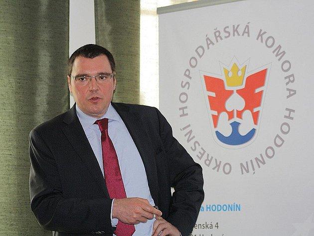 Guvernér České národní banky Miroslav Singer na konferenci v Prušánkách.