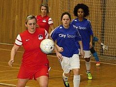 Futsalistky Hodonína (v červených dresech) skončily na letošním mistrovství České republiky žen po porážce ve čtvrtfinále osmé.