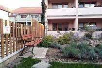 Relaxaci ve zrekonstruované zahradě si nyní užijí klienti Domu s pečovatelskou službou v Kyjově