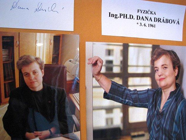 Městské muzeum ve Strážnici představuje tři sta autogramů známých osobností.