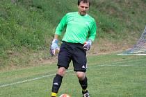 Osmatřicetiletý brankář Josef Mokrý (na snímku) patří k ikonám uhřického fotbalového klubu, který na začátku července oslavil výročí osmdesáti let od založení.