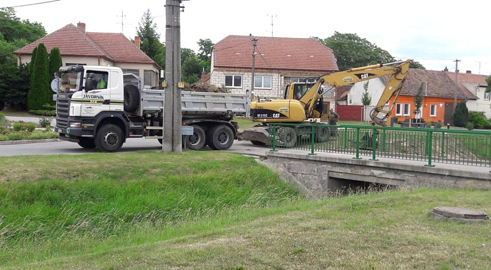 Po deseti letech vyčistí potok Prušánka.