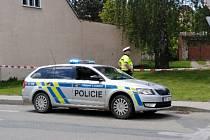 Policisté zasahovali v pátek v Dražůvkách. Muž se zabarikádoval doma, policisté ho pak našli mrtvého.