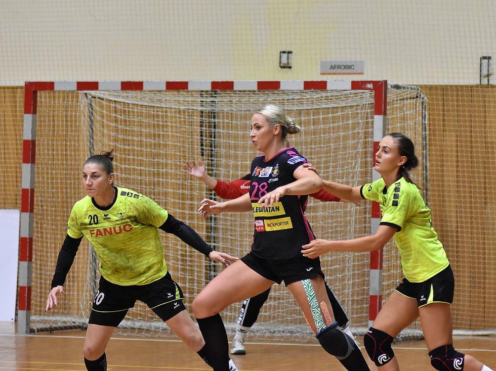 Hodonínské házenkářky (ve žlutých dresech) obsadily na Slováckém poháru pátou příčku.