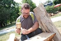 Lázeňské dřevosochání v Hodoníně.