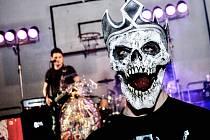 Na Rockový karneval v Ratíškovicích zvolil každý masku podle vlastního uvážení.