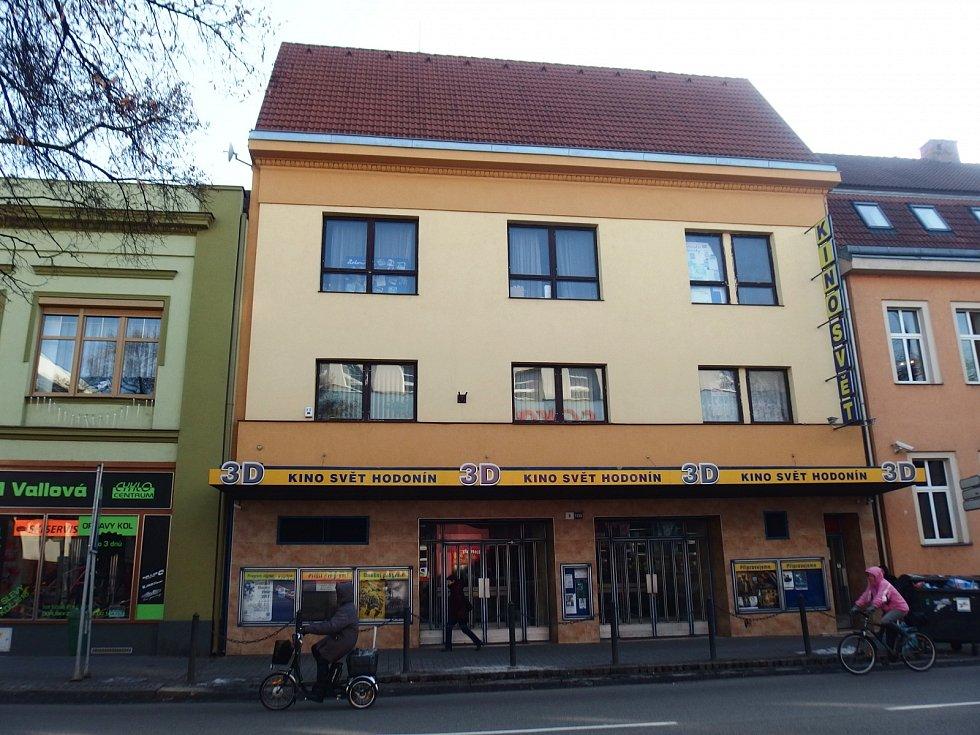 Budova hodonínské kina Svět.