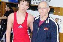 Hodonínský zápasník Michal Balák (vlevo) s trenérem Lubošem Jurmanem.