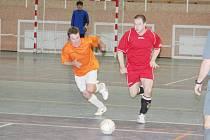 Futsal, okresní přebor: Oranjes Dubňany B vs. Futsal Strážnice (v červeném)