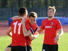 Hodonínští fotbalisté v divizi D ukončili domácí výsledkové trápení, když Slavičín ve 27. kole zdolali 1:0.