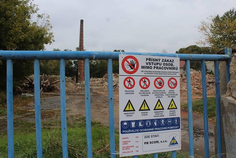 Demolice v areálu bývalé mlékárny v Kyjově na začátku října.