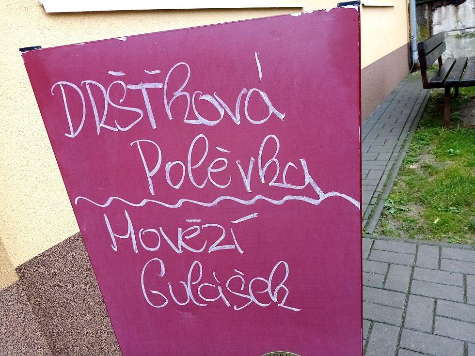 Devatenáctý ročník výšlapu Za krásami podzimu ve Vřesovicích a okolí.