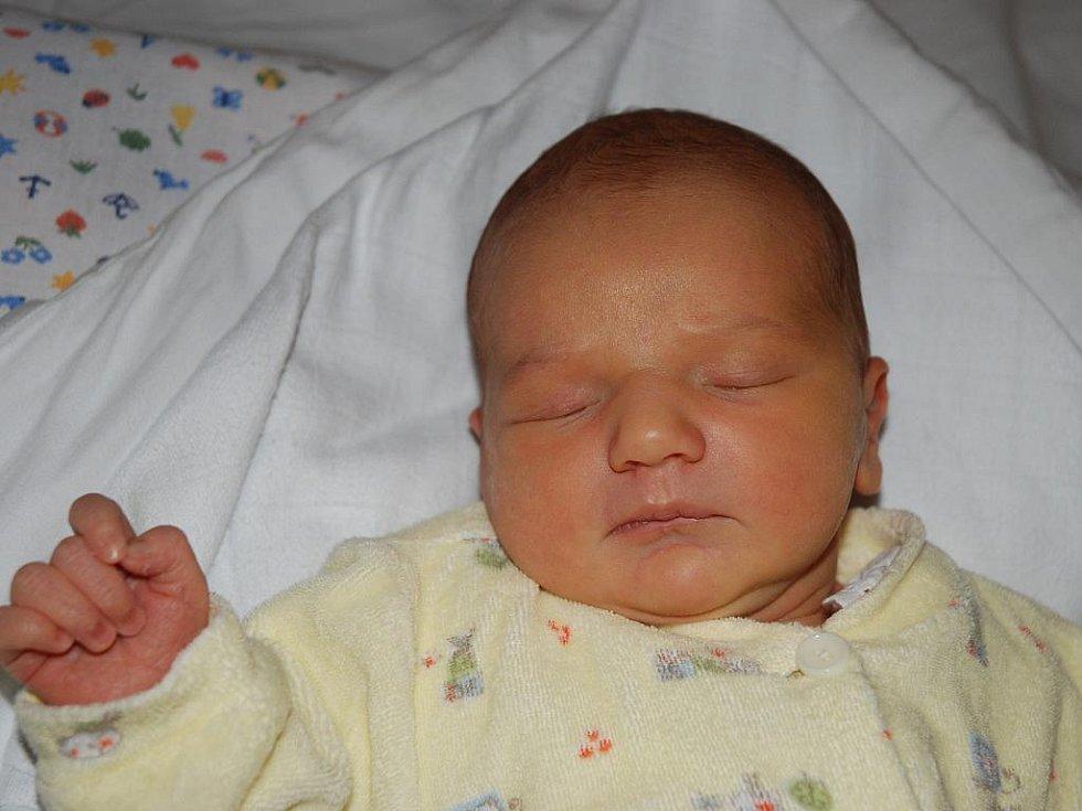 Nela Svobodová, 51 cm, 3 kg, 11. 1.2010, Ždánice