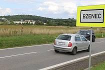 Lokalita ve Bzenci, kde má možná už v příštím roce stát nová prodejna potravin a spotřebního zboží.