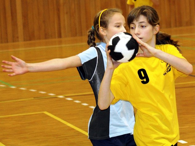 Mladší žákyně HK Hodonín skončily na domácím přípravném turnaji čtvrté.