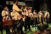 Třináctý ročník předvánočního setkání lidových sborů, sólistů a muzik Došli sme k vám na koledu...