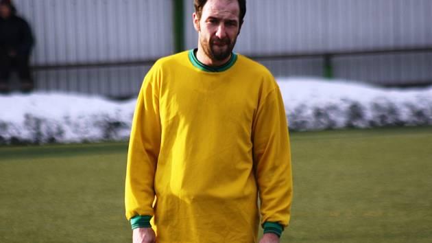 Zkušený útočník Mutěnic Dalibor Koštuřík se proti Bohunicím střelecky neprosadil. Vinaři přesto vyhráli 3:1.