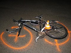 Nehoda automobilu a kola v Blatnici pod Svatým Antonínkem.