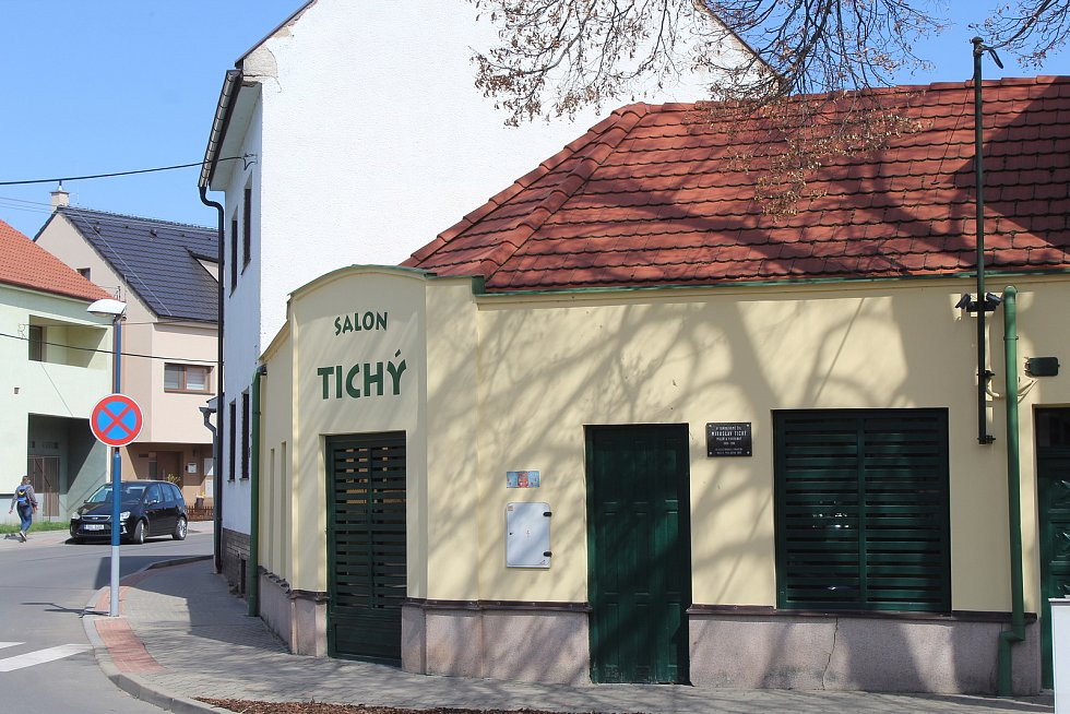 Dům, v němž Miroslav Tichý žil.