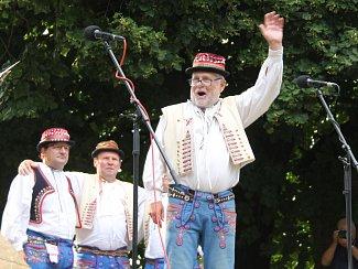 Největší horňácký folklorní svátek Horňácké slavnosti patřil čtyři dny Velké nad Veličkou.