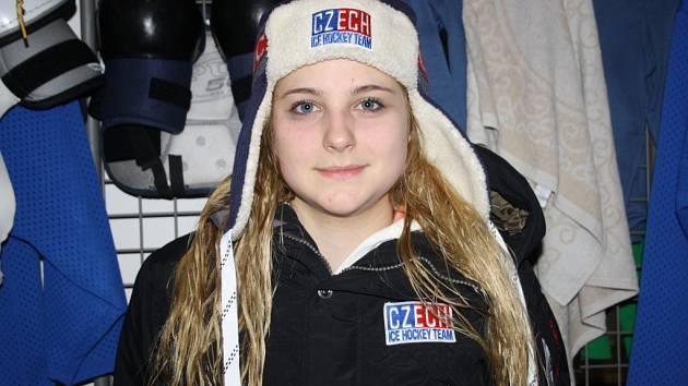 Šestnáctiletá hokejistka Hodonína Kamila Smetková se na začátku letošního roku zúčastnila šampionátu juniorek do osmnácti let.