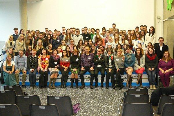 Studenti hodonínské obchodní akademie na návštěvě vrakouském Gänserndorfu.