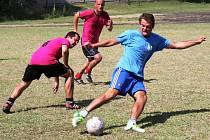Na tréninkovém hřišti Mogulu Vacenovice se o víkendu představí šestadvacet týmů, které si to rozdají o vítězství na letošním Letocha Cupu 2015.