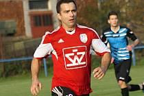 Ani trefa hrajícího předsedy klubu Davida Vaňka blatnickým fotbalistům k výhře nad Velkou nad Veličkou nestačila. Domácí tým v derby prohrál 1:3.