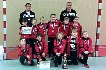 Přípravka divizního Hodonína skončila na halovém turnaji v Němčicích nad Hanou v konkurenci devíti moravských týmů třetí.