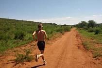 Hodonínský běžec Filip Sasínek se v zimě připravoval i v Jihoafrické republice. Minulý čtvrtek se stal sportovcem okresu Hodonín pro rok 2016.