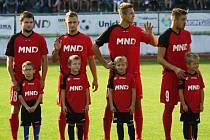 Hodonínští fotbalisté vstoupí do jarní části sezony domácím zápasem s Uherským Brodem. Utkání dvou nejlepších divizních týmů se na stadionu U Červených domků hraje v sobotu 18. března od patnácti hodin.