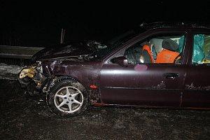 Nehody na kluzké silnici na Hodonínsku