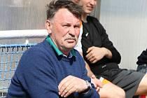 Trenér Kyjova Jaroslav Kalinec nebyl po zápase v Bučovicích spokojený s výsledkem ani výkonem.