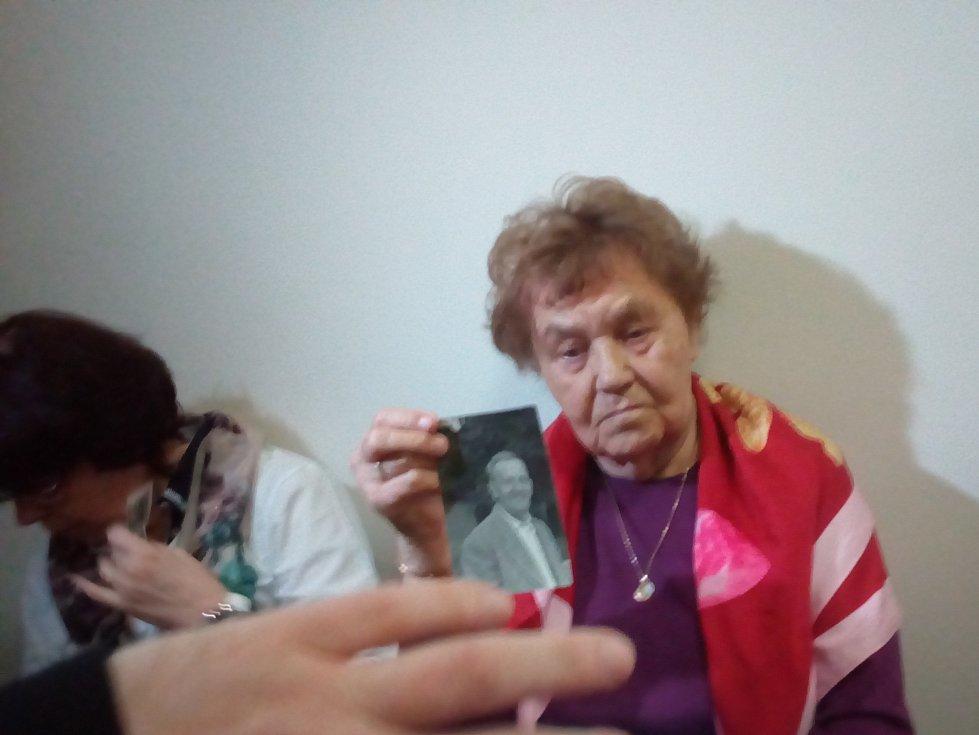 Návrh na rehabilitaci podalo devět příbuzných, mezi kterými byly dvě dcery, pět vnoučat a dvě pravnoučata Metoděje Hlobílka.