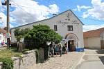 Milovníky vína přivítaly otevřené sklepy v Terezíně.