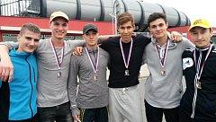 Hodonínští atleti na mistrovství Moravy a Slezska mužů, žen, juniorů a dorostenců, které se v sobotu uskutečnilo na stadionu ve Vítkovicích, celkem získali deset medailí.