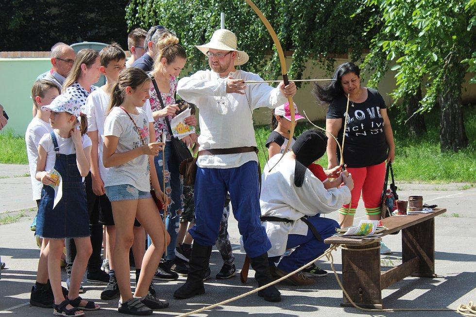 Stovky lidí si nenechaly ujít oblíbené Slavnosti Vodní království, které se konaly v sobotu odpoledne v Hodoníně.
