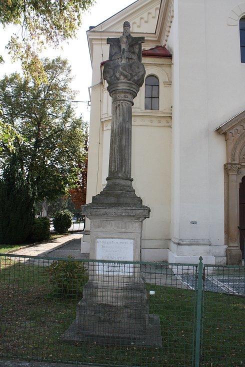 Sloup Nejsvětější Trojice v Podolí na Brněnsku.