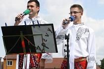 Na hřišti v Ratíškovicích se v neděli předvedly desítky muzikantů