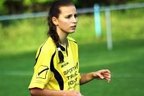Hodonínská fotbalistka Michaela Bukovská odehrála proti Horním Heršpicím slušné utkání. Těsné porážce však nezabránila.