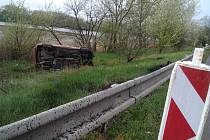 Nehoda u Písečného rybníka u Hodonína.