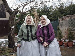 Fotky babiček v krojích zaujaly až v Texasu