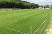 Fotbalisté TJ Sokol Lovčičky mají v provozu nové travnaté hřiště.