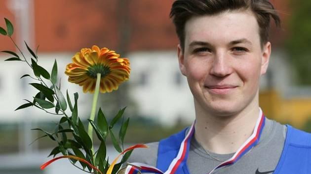 Hodonínský vytrvalec Martin Rebenda se stal v Českých Budějovicích juniorským mistrem České republiky v běhu na deset kilometrů.