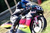 Mladý kyjovský jezdec Filip Frodl na stroji Aprilia RS ve třídě 125SP.